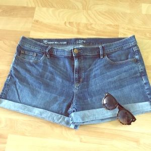 EUC Loft denim roll shorts size 16